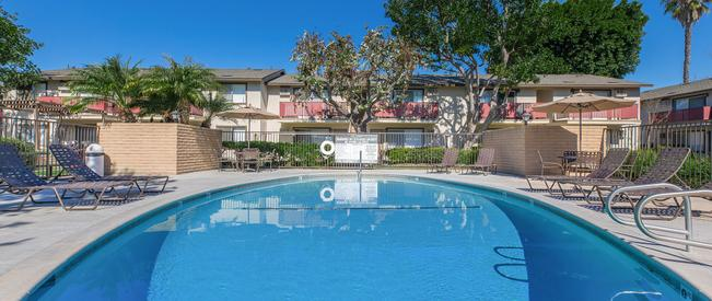 Del Amo Apartment Homes - Apartments in Anaheim, CA