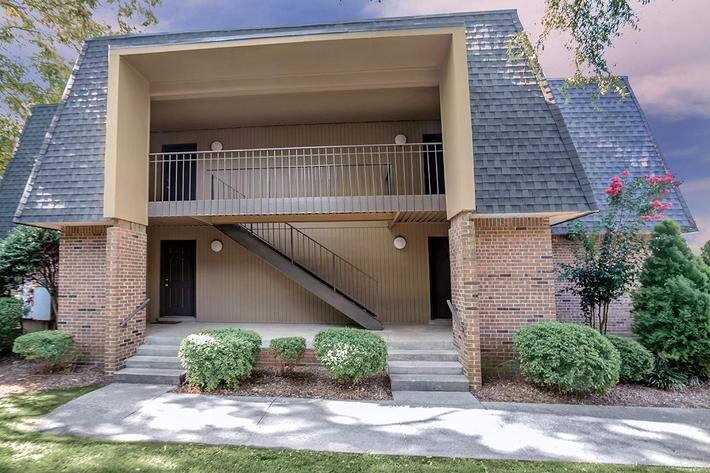 2 BEDROOM TOWNHOUSE FOR RENT IN JACKSON, TENNESSEE