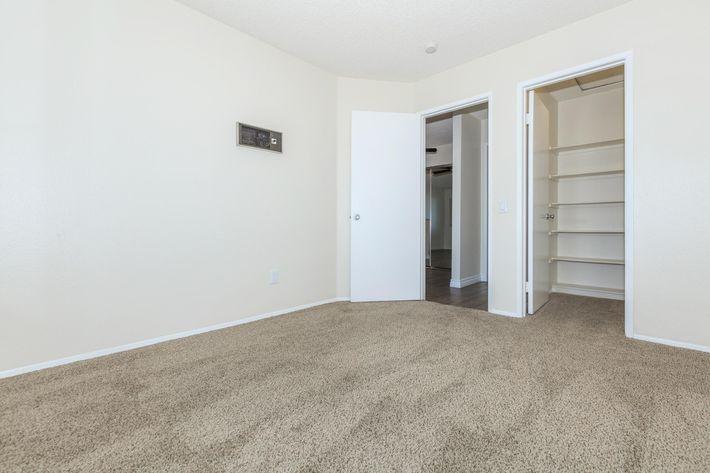 05b Second Bedroom.jpg