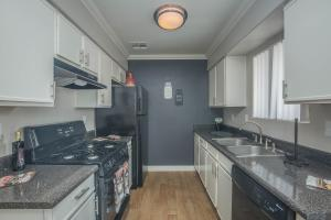 Fully-equipped kitchen at Siena Townhomes in Las Vegas, Nevada