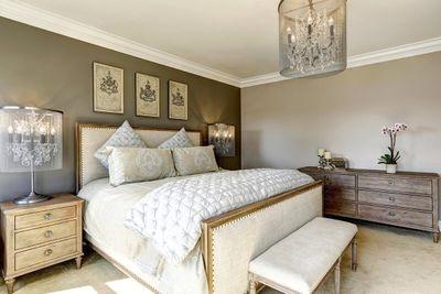 interior-bedroom-luxury.jpg