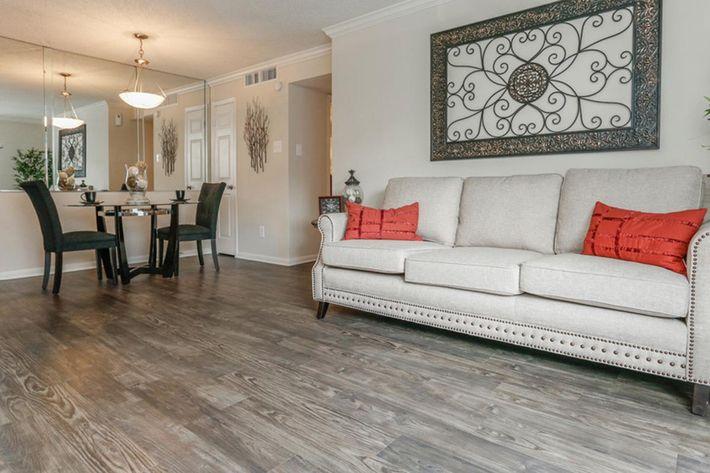 central-park-houston-tx-2 bedroom livingroom.jpg