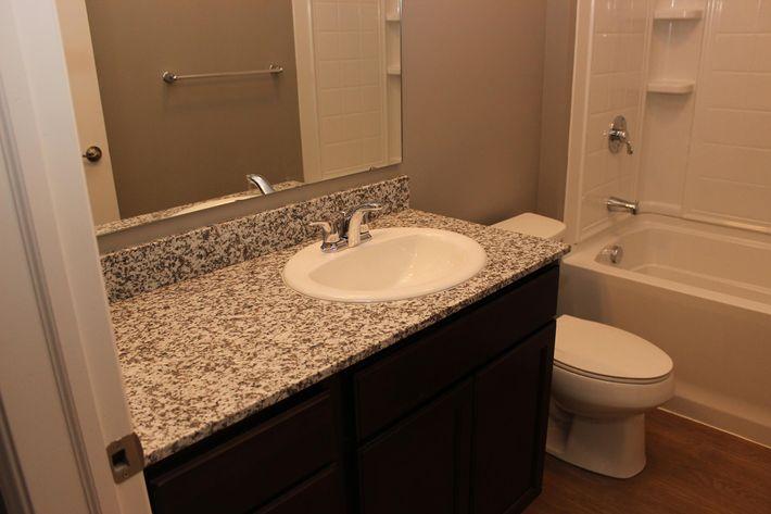 QuailRunII 3 Bathroom(12).JPG