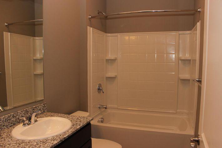QuailRunII 3 bathroom(11)(1).JPG