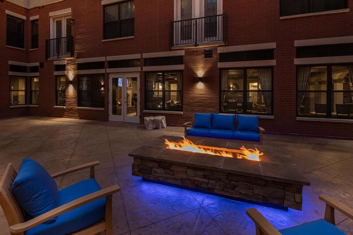 The Orion Apartments in Central West End - St. Louis, MO - Courtyard 02.jpg