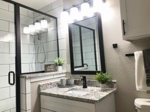 CHIC FRAMED MIRRORS