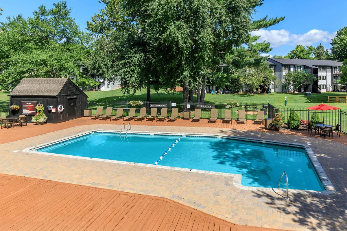 Take a Dip in our Shimmering Swimming Pools in Knoxville, TN