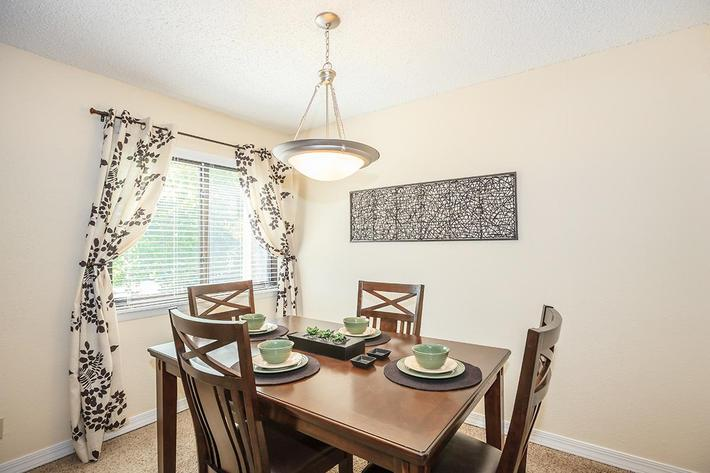 Dining Room at Apartment Homes in Knoxville