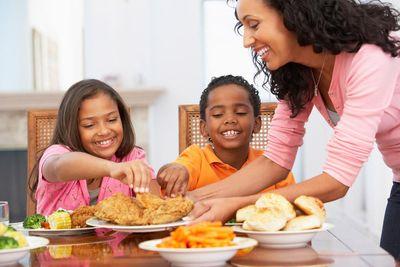 interior-dining-family.jpg