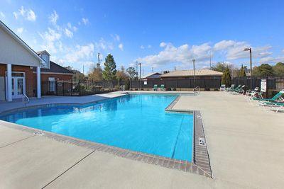 pool4sawgrassparkapartments