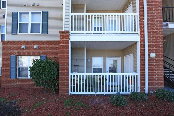 exterior2sawgrassparkapartments