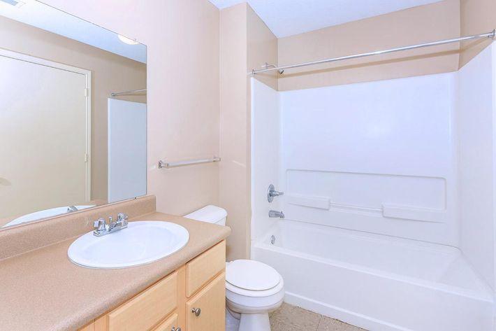 2-bed-2-bath05b.jpg