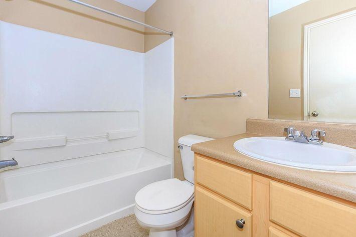 3-bed-2-bath04d.jpg