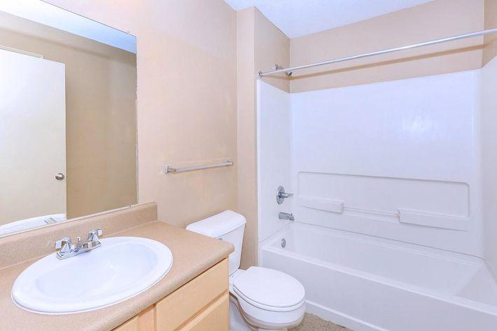 3-bed-2-bath07.jpg