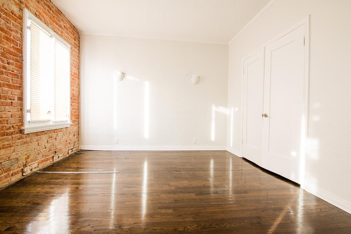 Studio apartment home at Ancelle in Los Angeles, CA