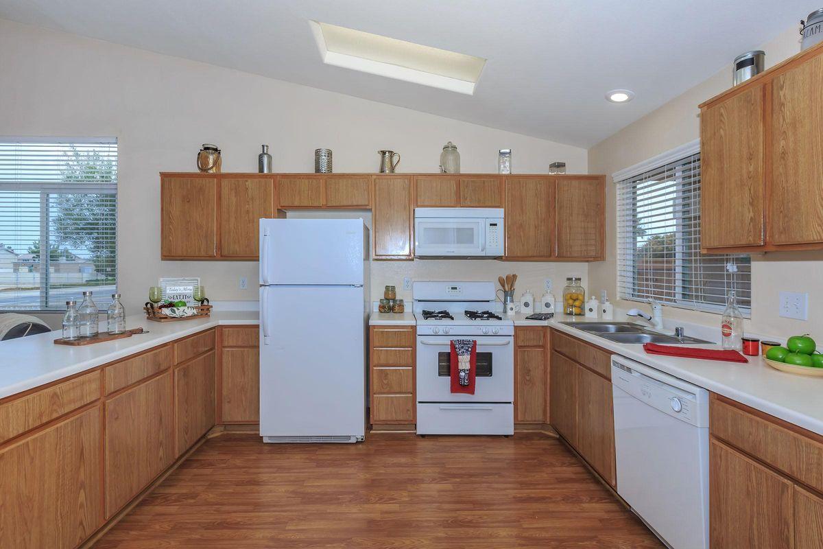 02a_Kitchen.jpg