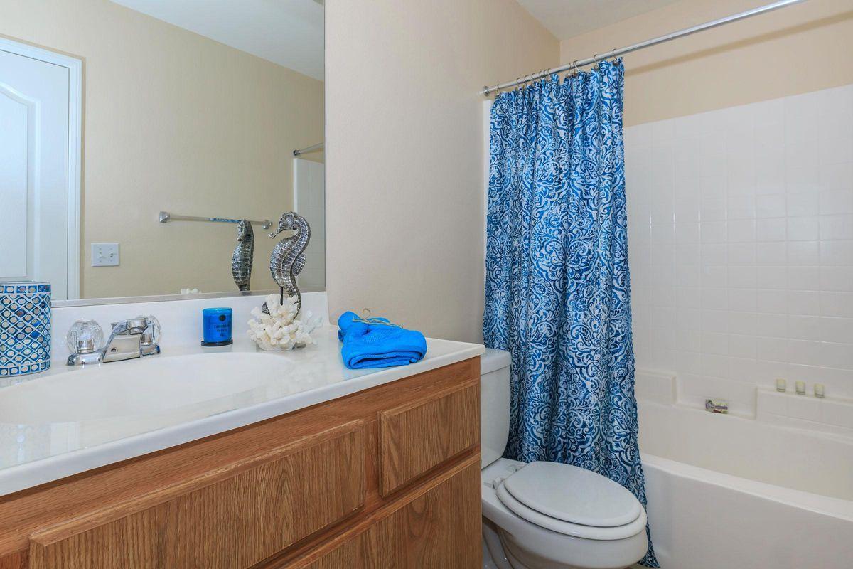 07_Second Bathroom.jpg