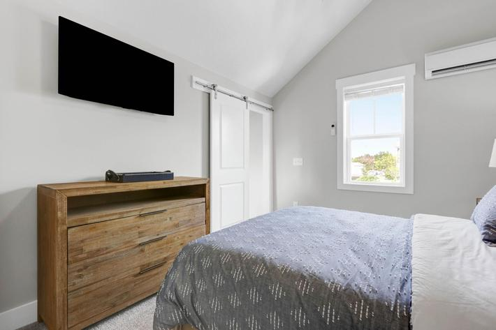 Comfortable bedrooms at The Townhomes at Beau Rivage in Wilmington, NC.