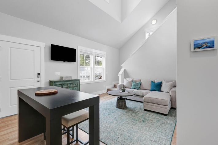 High ceilings with natural lighting at The Townhomes at Beau Rivage in Wilmington, North Carolina.