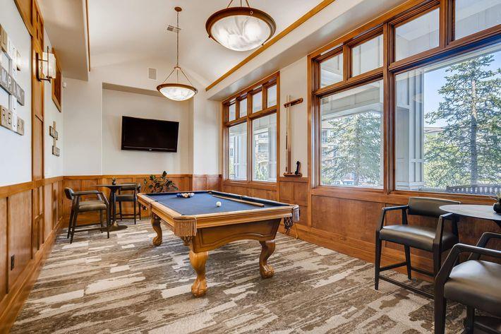 10 Billiards Room 1597520008084.jpg