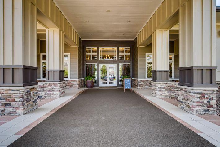 23 Entrance 1597520178710.jpg