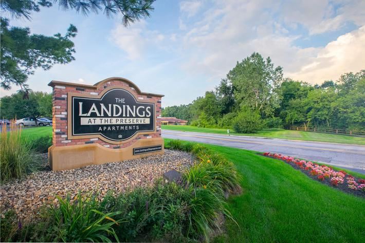 Landings at the Preserve Battle Creek MI - Exterior Sign 2.jpg