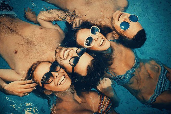 amenities-pool-friends-floating.jpg