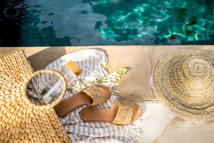 Pool and accessories-1158353518.jpg