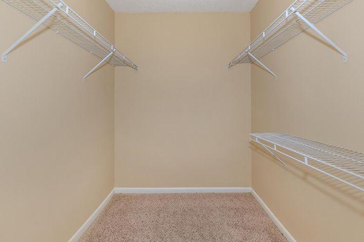 Serenity upgrade Walk-in closets