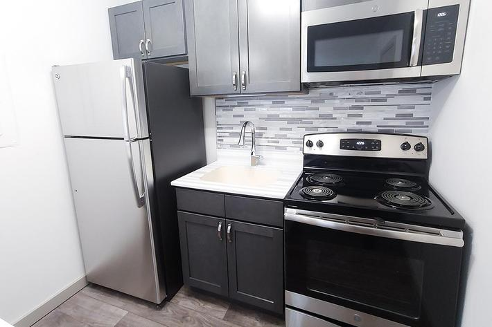 upgraded kitchen at Sunrise Apartments in Nashville, Tennessee
