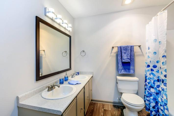 spacious bathroom at Sunrise Apartments in Nashville, Tennessee
