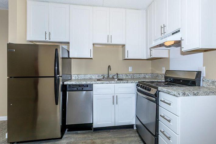 Summit Premium Kitchen at Sunrise Apartments
