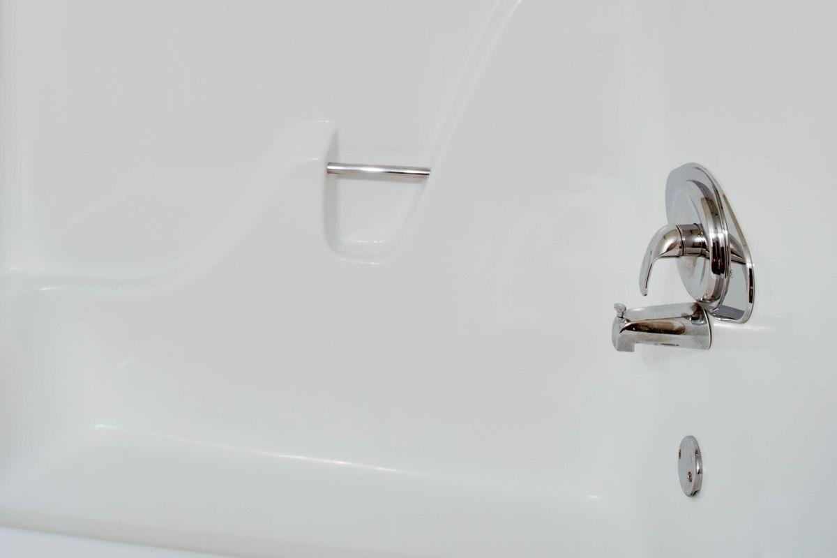 Modern Bath at Madison Landing at Research Park Apartments