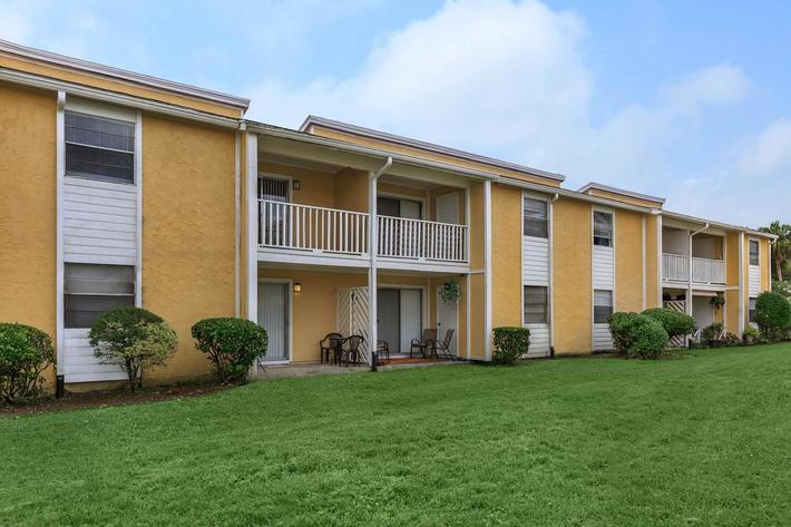 Enjoy the views here at Cross Creek Apartments in Jacksonville, Florida