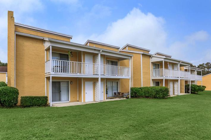 Professional landscaping here at Cross Creek Apartments in Jacksonville, Florida