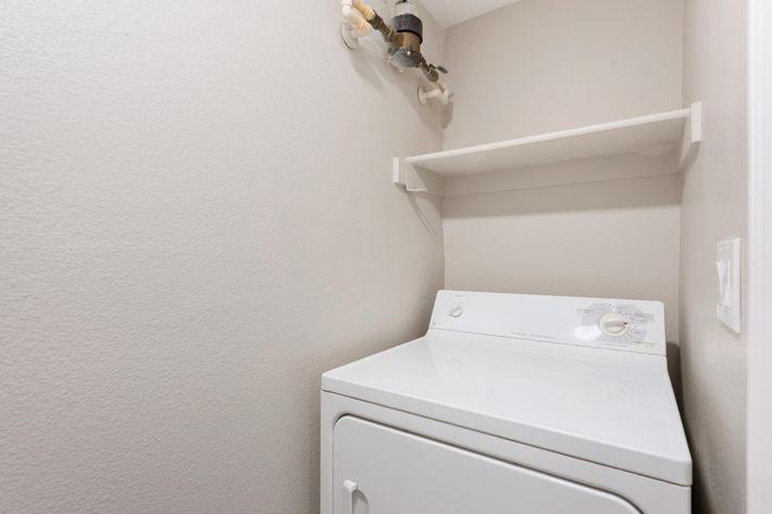 23-Laundry.jpg