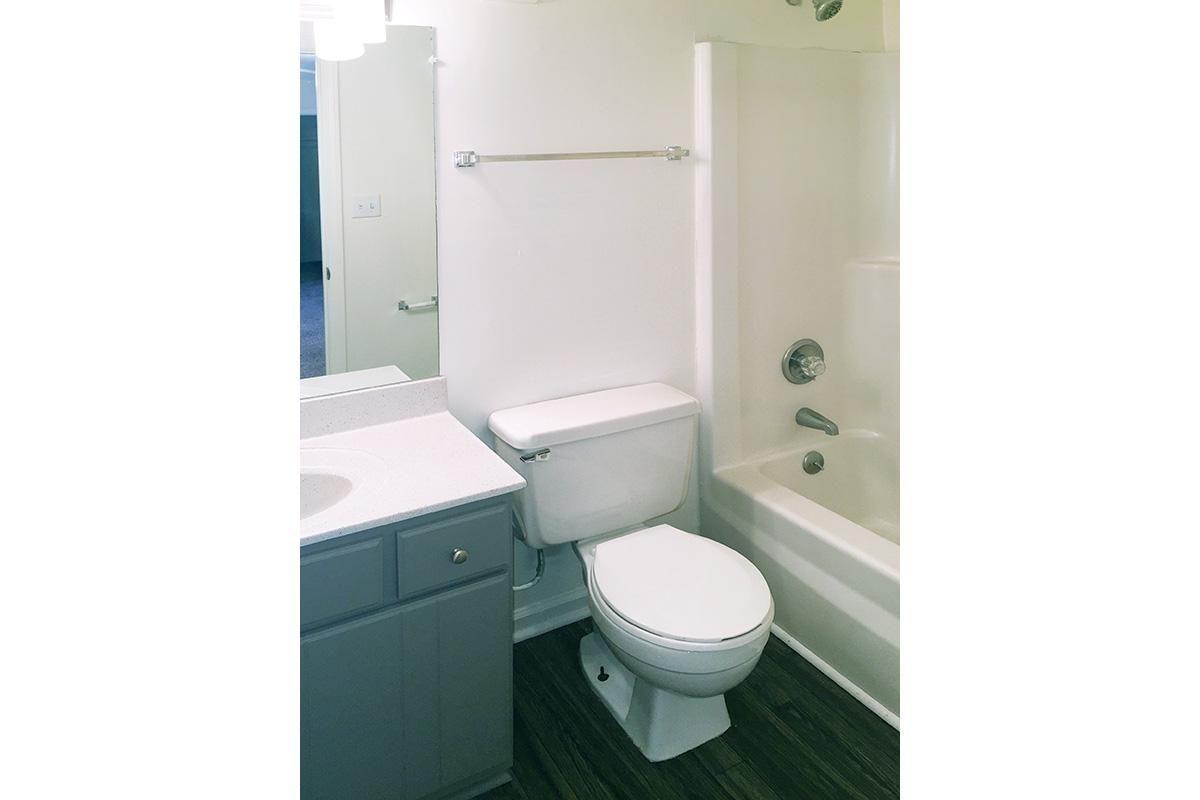 FULL BATHROOM ATUNIVERSITY VILLAGE AT WALKER ROAD IN JACKSON, TENNESSEE