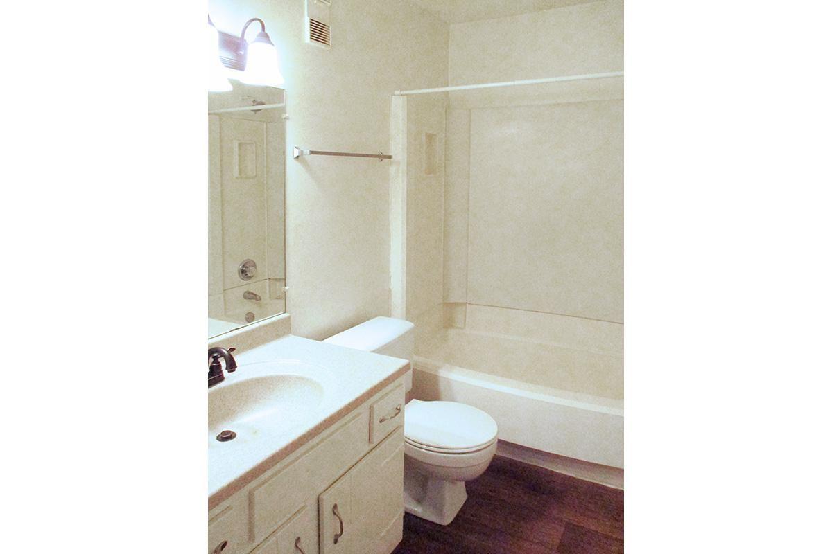 FULL BATHROOM AT UNIVERSITY VILLAGE AT WALKER ROAD IN JACKSON, TENNESSEE