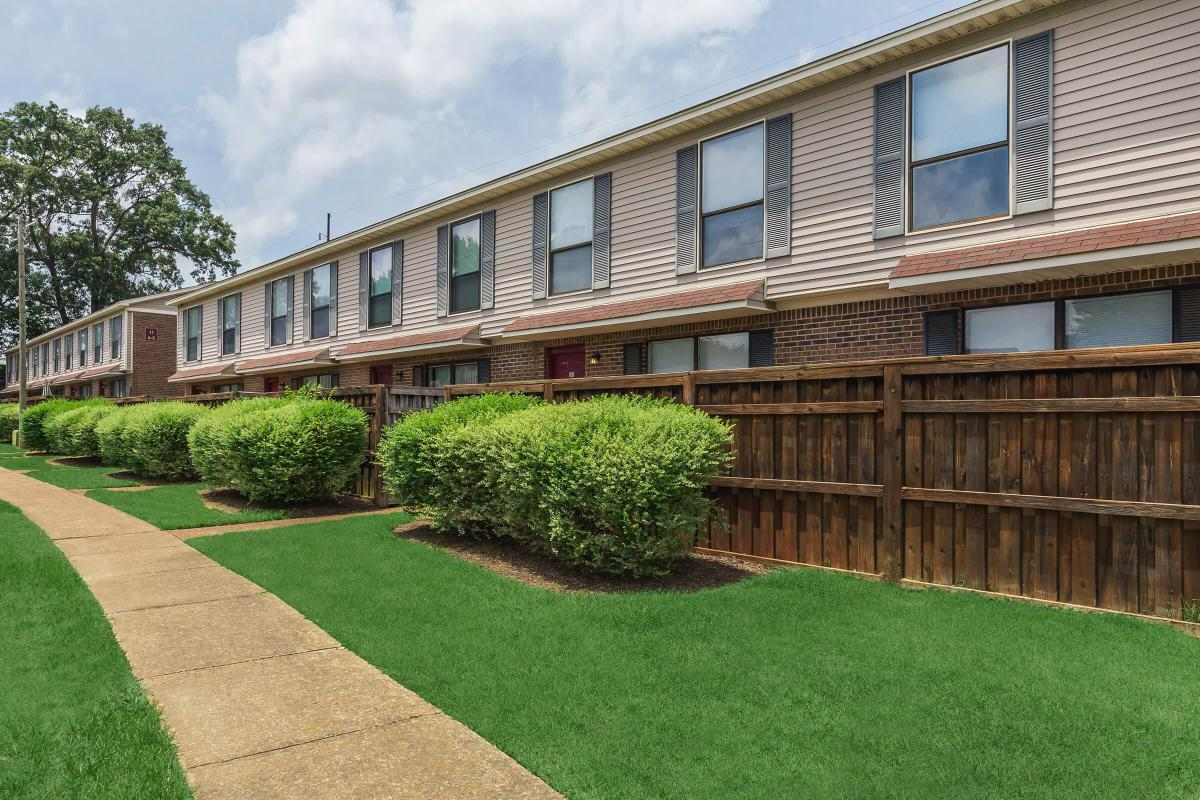 2 & 3 BR APARTMENTS FOR RENT