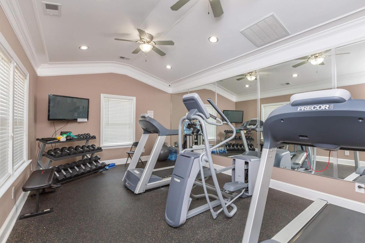 STATE-OF-THE-ART FITNESS CENTER IN JACKSON, TN