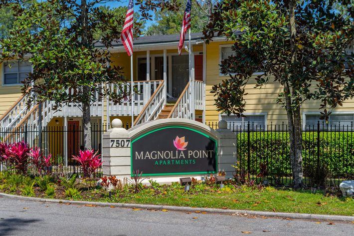 MagnoliaPoint30.jpg