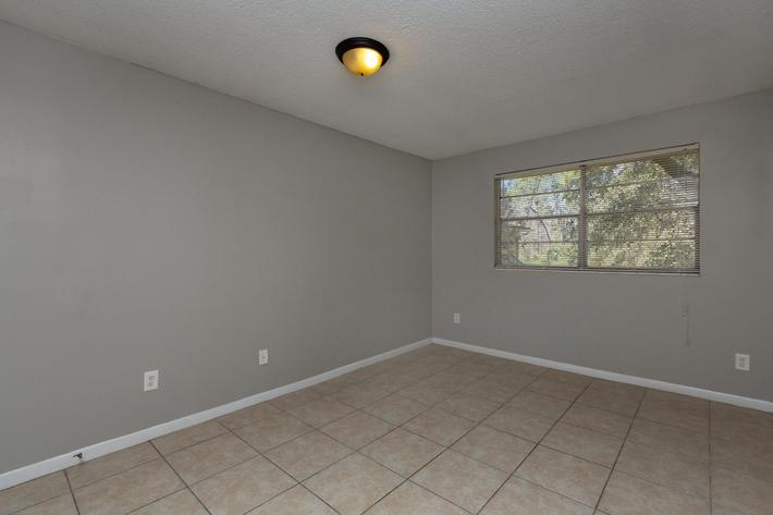 APARTMENTS FOR RENT IN FLORIDA
