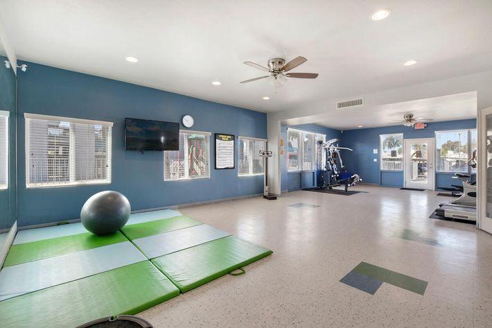 Workout_Facility (1).jpg