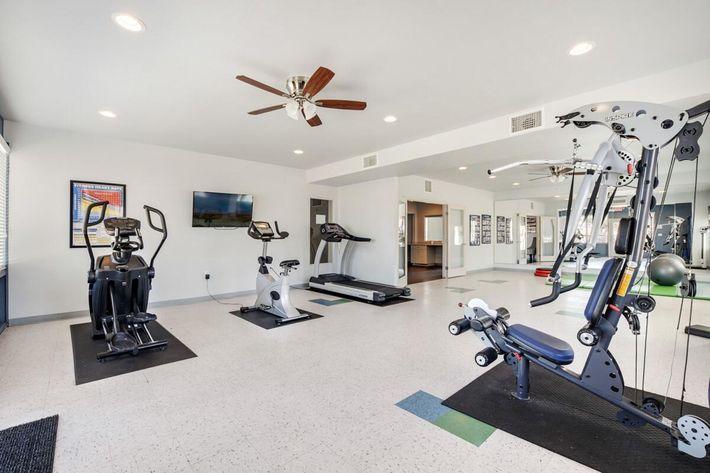 Workout_Facility.jpg