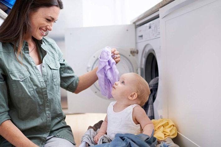 Mommy's little helper iStock_000050679488_Large.jpg