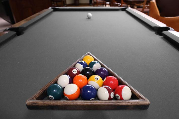 Pool Table (Customizable Color).jpg