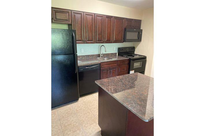 kitchen[2305843009213871424].jpg