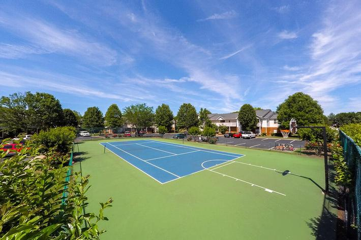 Waterford Place Apartments in Murfreesboro, TN - Sports Court 02.jpg