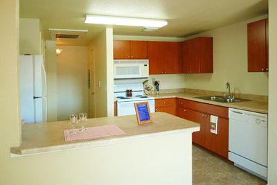 Kitchen[1].jpg