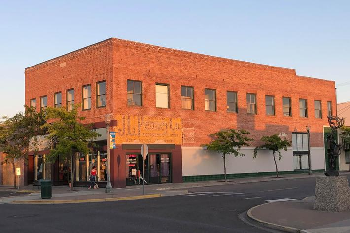 Downtown Kennewick - Historic JC Penny.jpg
